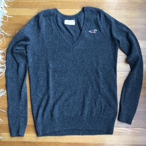 Hollister grey classic sweater